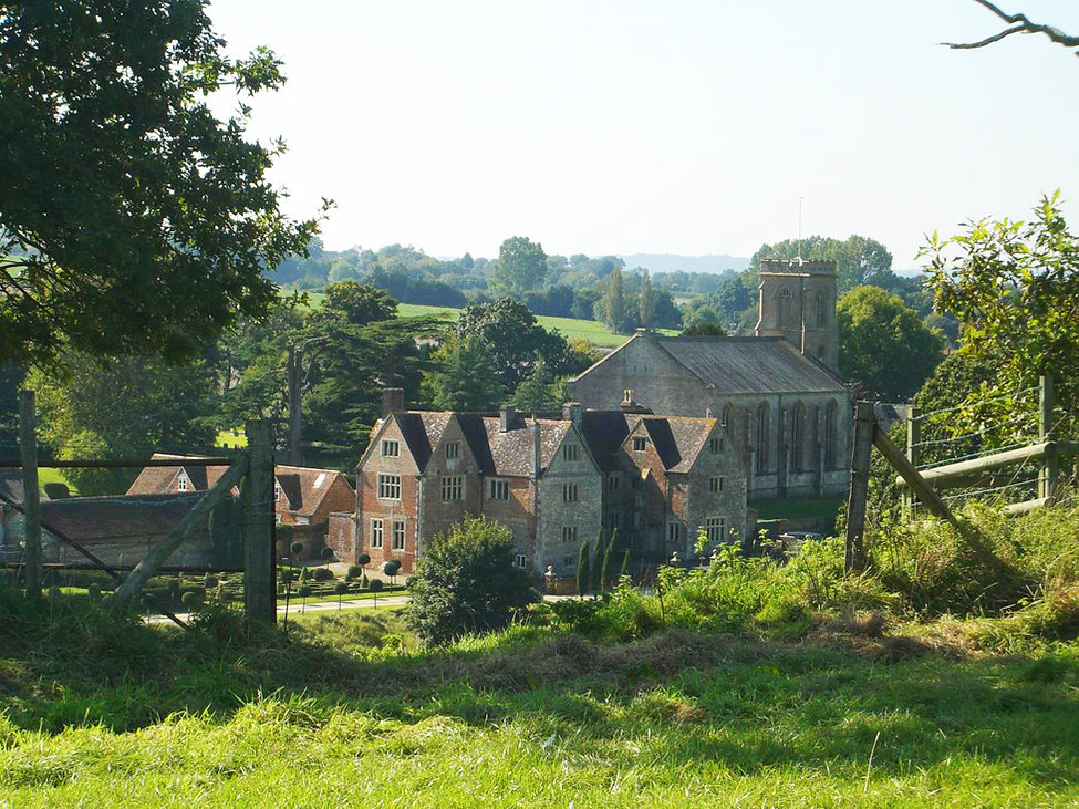 Manor Farm from hill copy.jpg