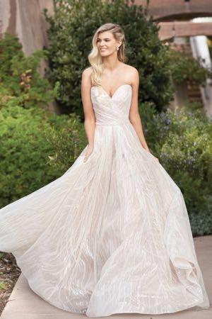 bridal-dresses-F211066-F_xs.jpg