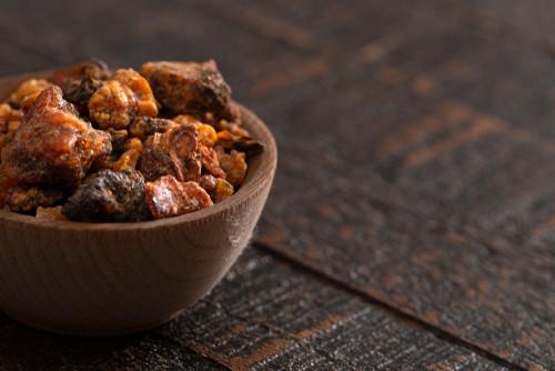Myrrh essential oil resin