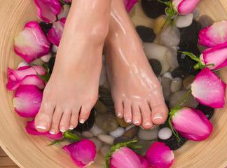 Beauty Tips and Tricks for Your Feet: 5 Kitchen Items for Soft and Smooth Feet*