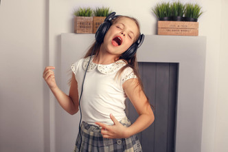 How Singing Keeps You Young: 5 Anti-Aging Benefits of Singing Everyday*