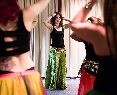 Eleanor_Belly_Dancing-lessons_edited_edi
