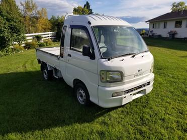 2004 Daihatsu Hijet Jumbo Cab - $12,195
