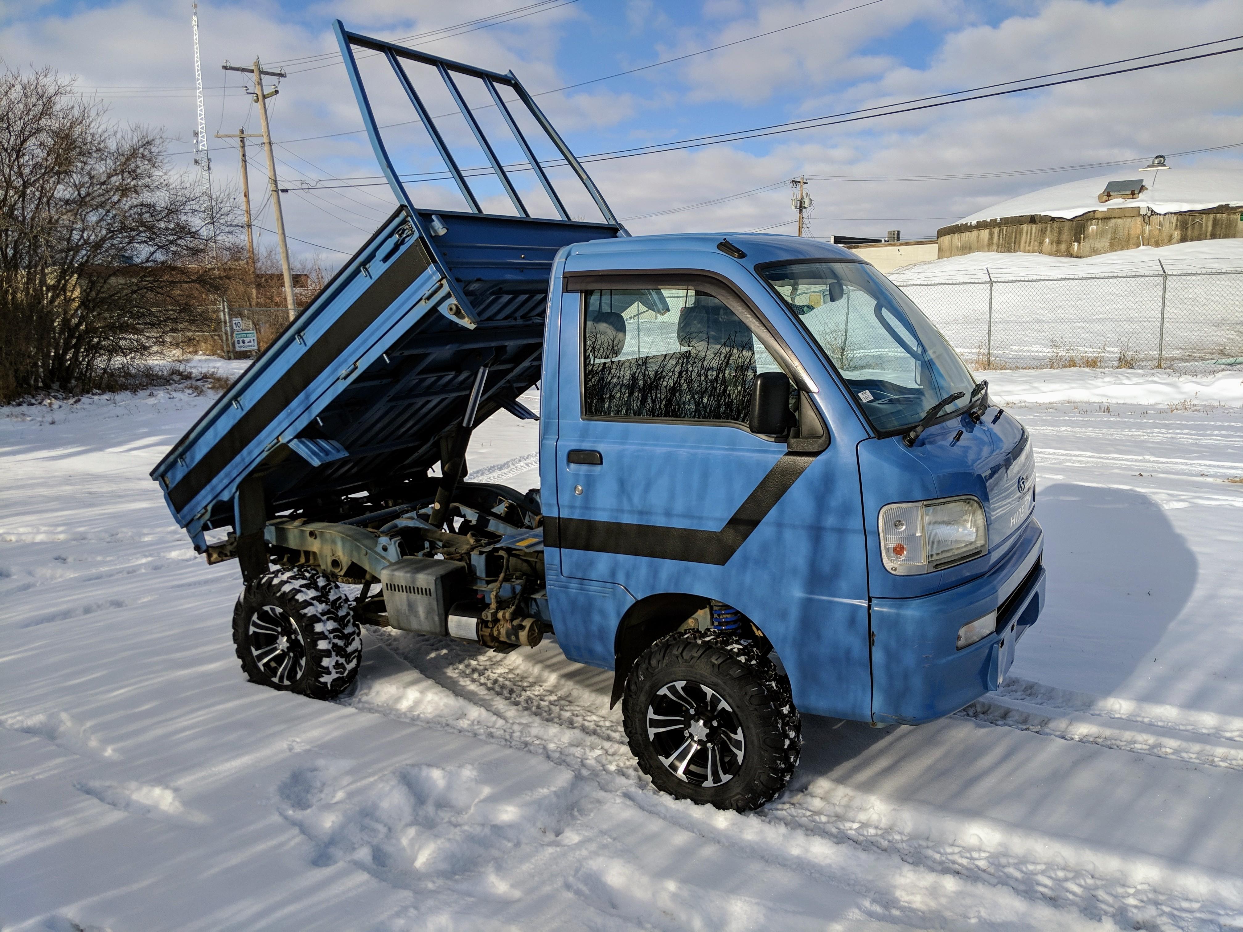 2001 Daihatsu Hijet Dump