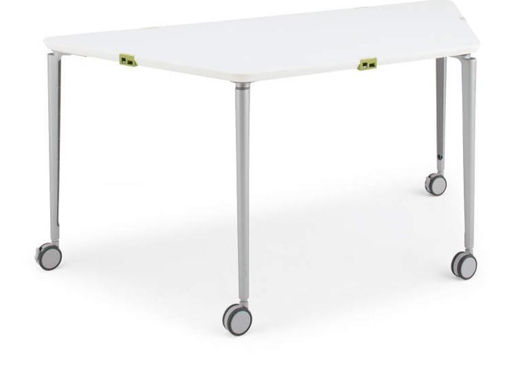 FitMe 梯形桌.jpg