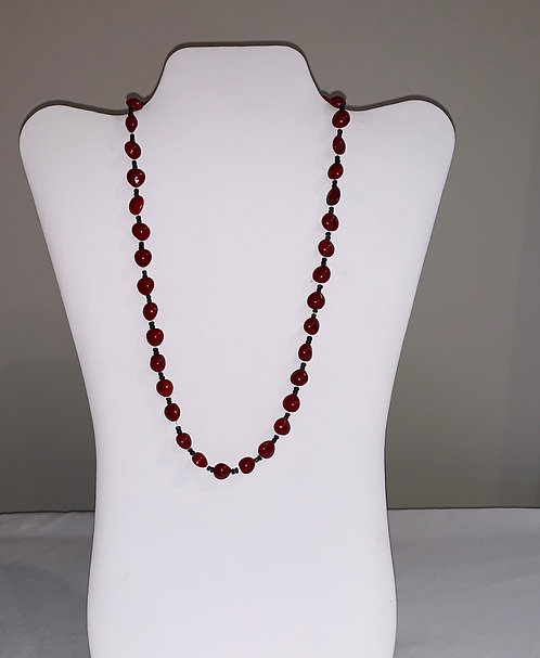 JN29 Huayruro and Bead Necklace