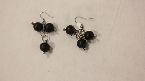 JE19 Mancian Dangle Earrings