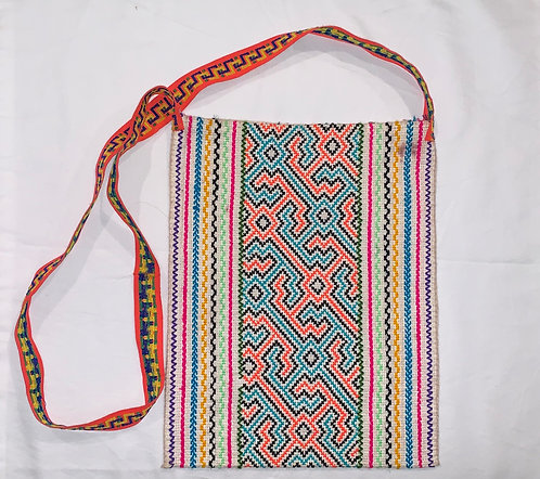 "GB28.2 Hand-Embroidered Shipibo Textile Bag 12 "" x 9.25"""