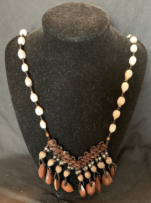 JN87 White Seed Necklace