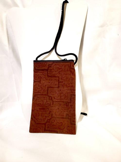 GB13 Hand-Painted Shipibo Textile Zip Close Bag