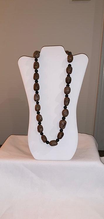 JN59 Huayruro and Mancian Necklace