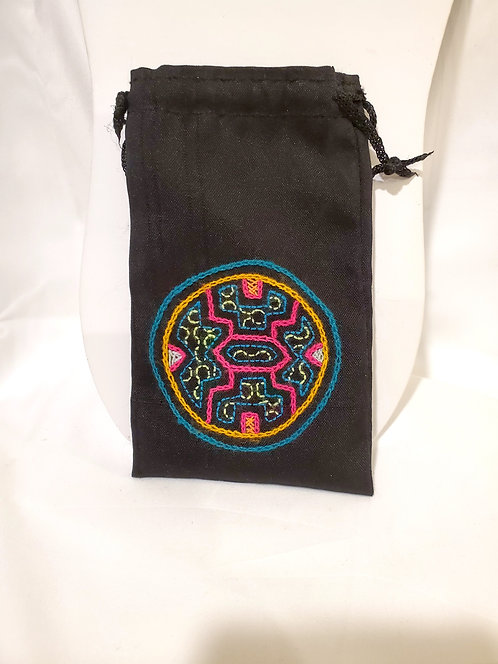 "GB56 - Hand Embroidered Shipibo Textile Bag, 4"" x 7"""