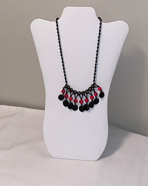 JN43 Shell and Multi Color Seed Necklace