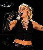 Miley Cyrus_edited.jpg