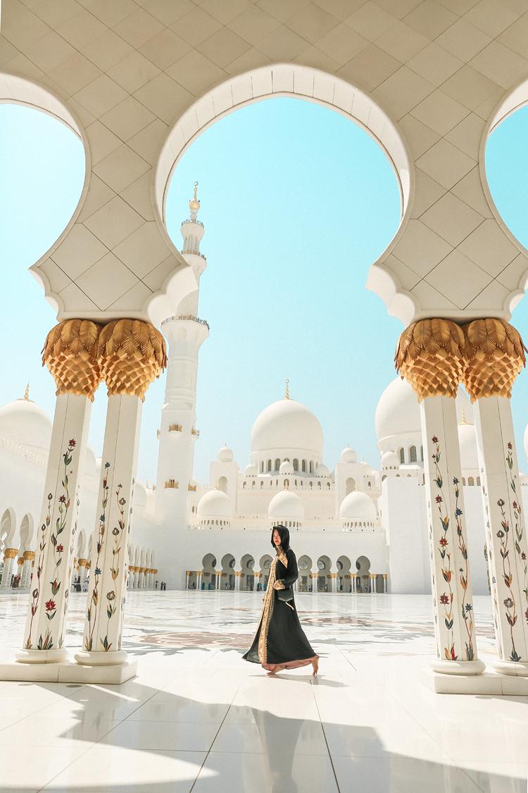 Sheik Zayed Mosque in Abu Dhabi