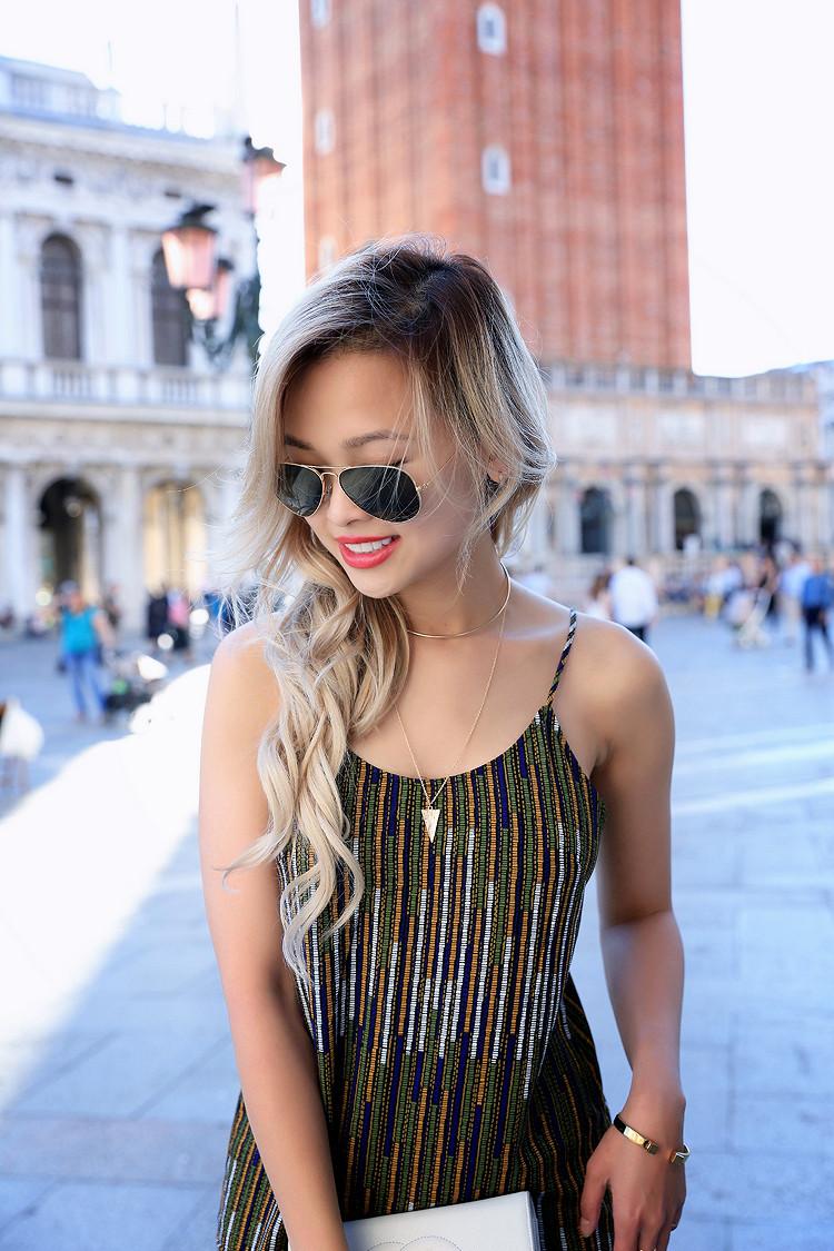 Love Between the Racks - Fashion Blogger x Venice, Italy - H&M print dress 10