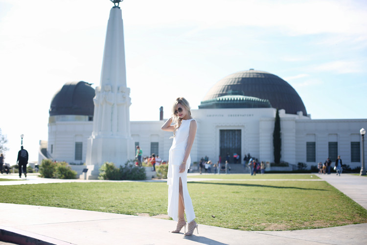Love Between the Racks - Lina Dinh - Knit dressing, Schutz Juliana heels - Griffith Observatory copy