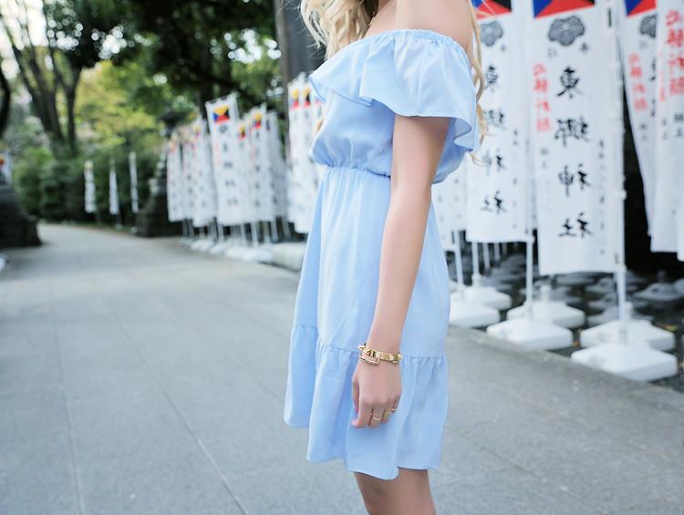 Love Between the Racks in Harajuku, Japan - Club Monaco off-the-shoulder dress, Mansur Gavriel lady bag2894