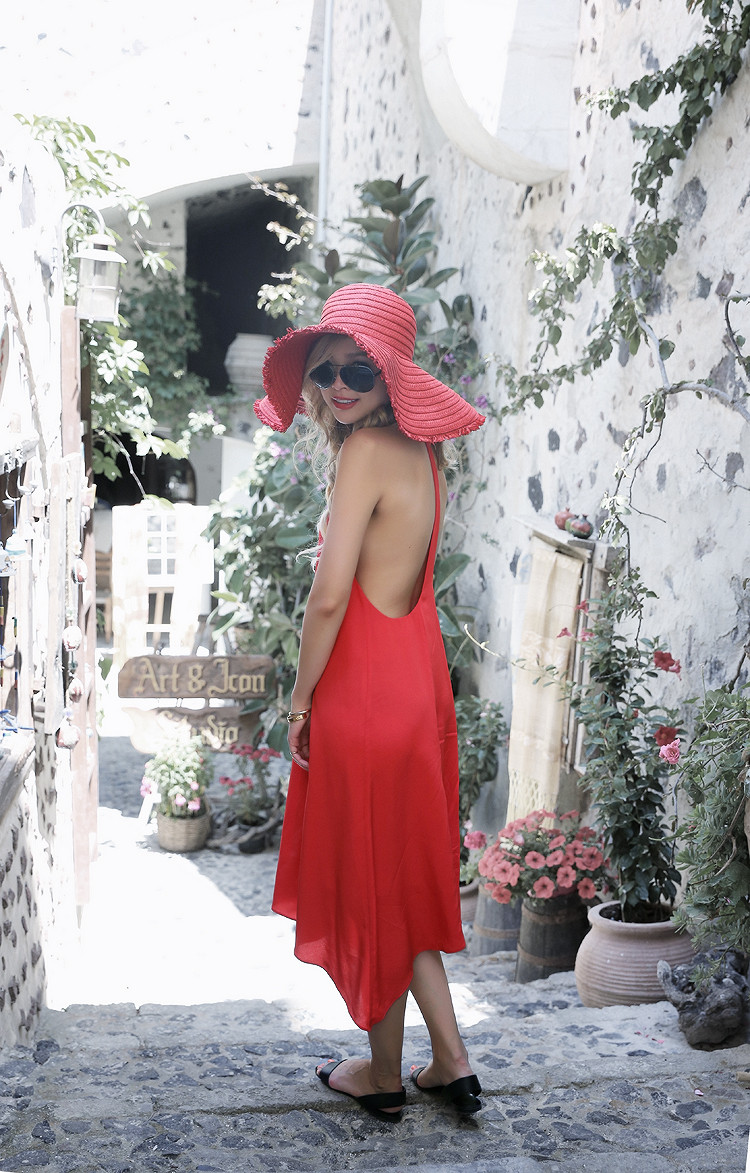 Love Between the Racks X Santorini, Greece - Club Monaco dress & Zara floppy hat 6