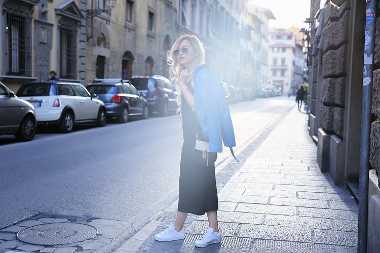 Love Between the Racks - Fashion Blogger - Bershka jumpsuit, blue leather jacket 5