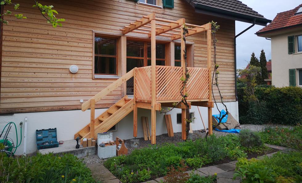 Balkon in Laerchenholz