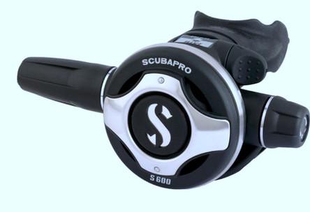 erogatore S600 scubapro