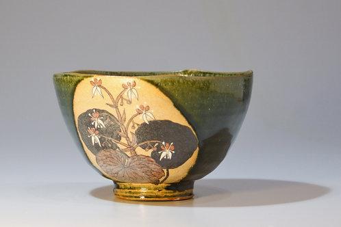 織部花絵麺鉢 ②ユキノシタと椿