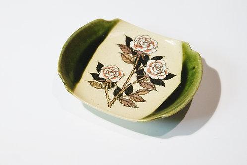 織部小皿 薔薇