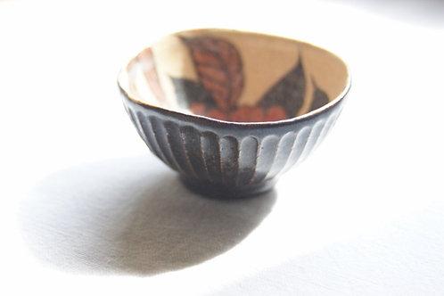 黒釉ぐい呑 椿
