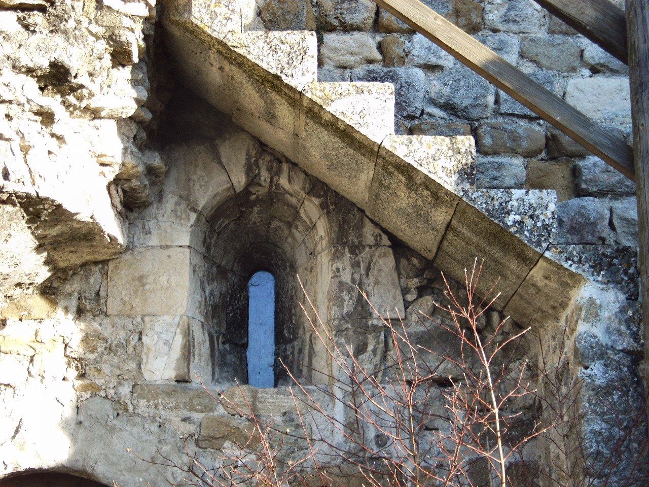 Fenêtre salle basse du donjon