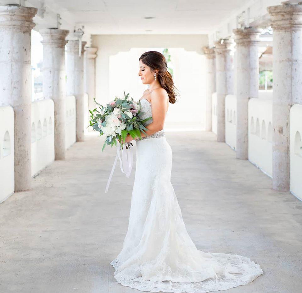adri bridal bouquet.jpg