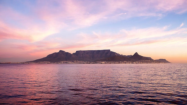Popular_Table_Mountain_in_Cape_Town_Sout