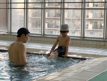 初!大阪YMCAで水泳教室。