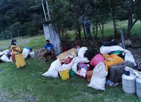 Albergan en Gimnasio de Boquete a familias desalojadas de una finca cafetalera