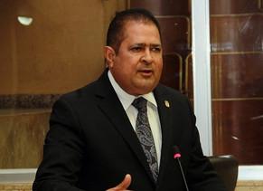 Fanovich demandará al activista Mauricio Valenzuela por supuesta injuria.
