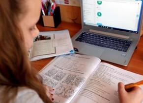 En Chiriquí, 85% de los alumnos  están conectados y el resto se capacita con cuadernos de trabajo.