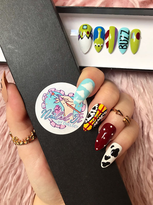 Toy Story Woody & Buzz False Nails