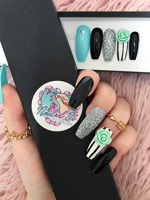 Turquoise Glitter Rose False Nails