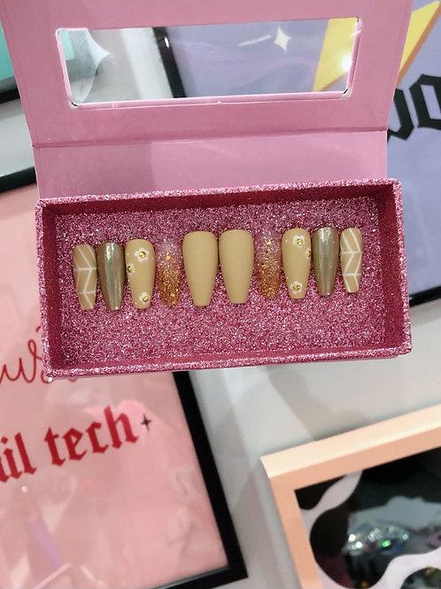 Matte Nude Gold Flowers False Nails