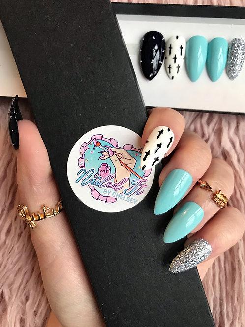 Turquoise Glitter Crosses False Nails