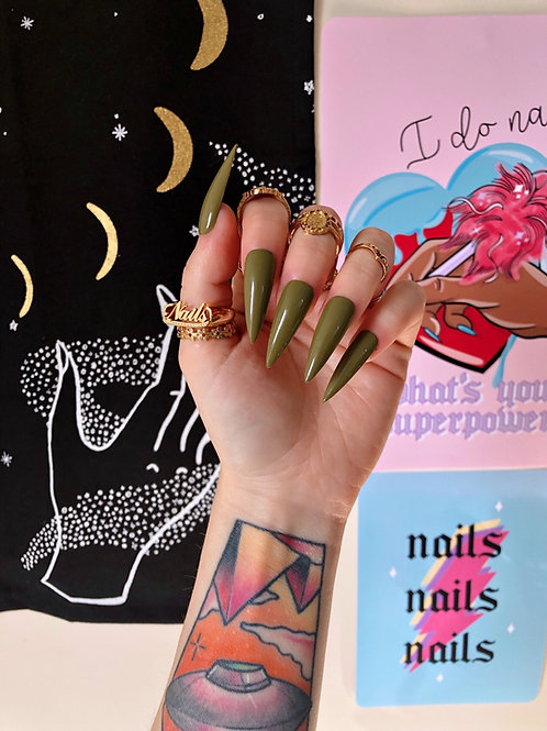 Khaki False Nails