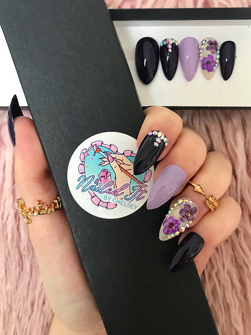 Purple Pressed Flowers False Nails