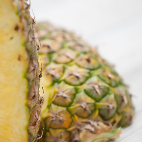 Pineapple Gold (Each)