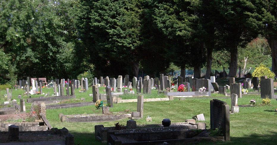 Pilning Cemetery.jpg