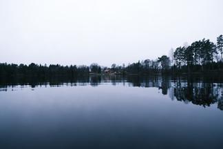 Les lacs suédois apportent une grande sérénité incroyable