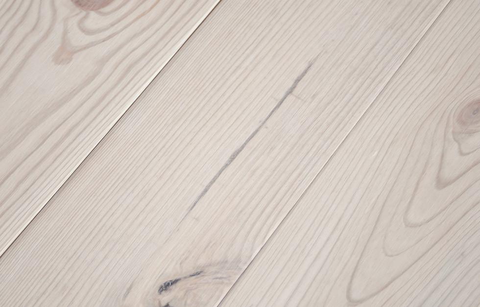 podłoga sosnowa z kolekcji Norsko od Antique Oak