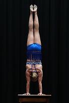 Handstand-Equilibristik.jpg
