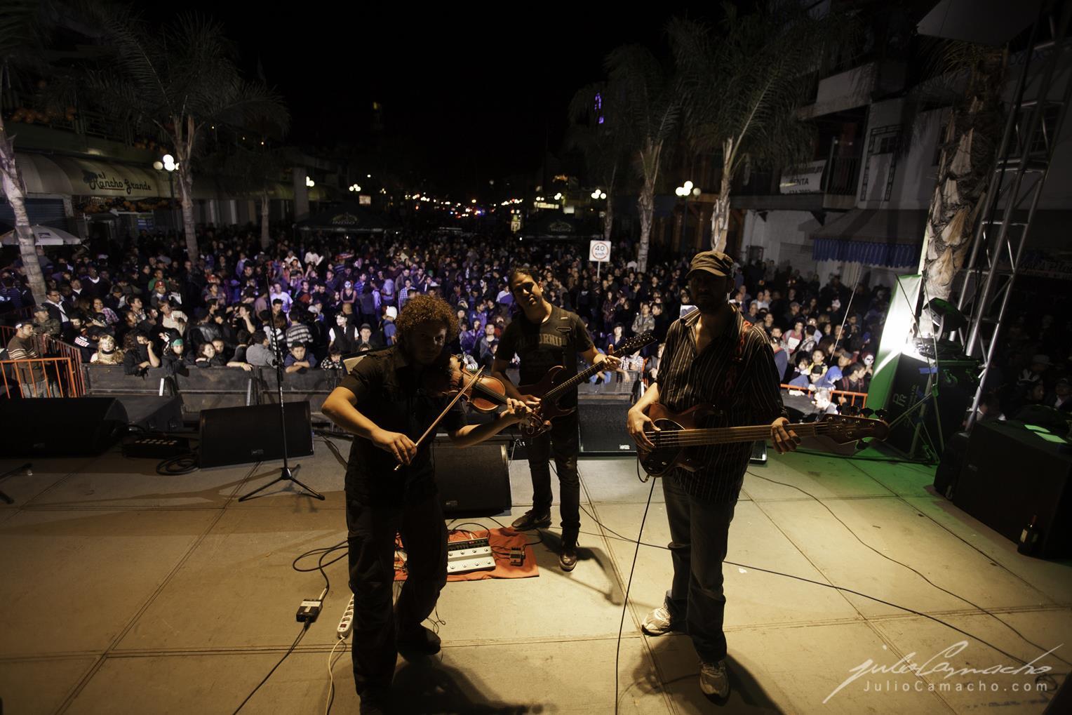 2014-10-30 31 CAST TOUR Ensenada y Tijuana - 1366 - www.Juli (Copy).jpg