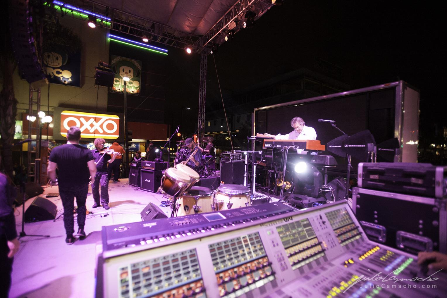 2014-10-30 31 CAST TOUR Ensenada y Tijuana - 1695 - www.Juli (Copy).jpg