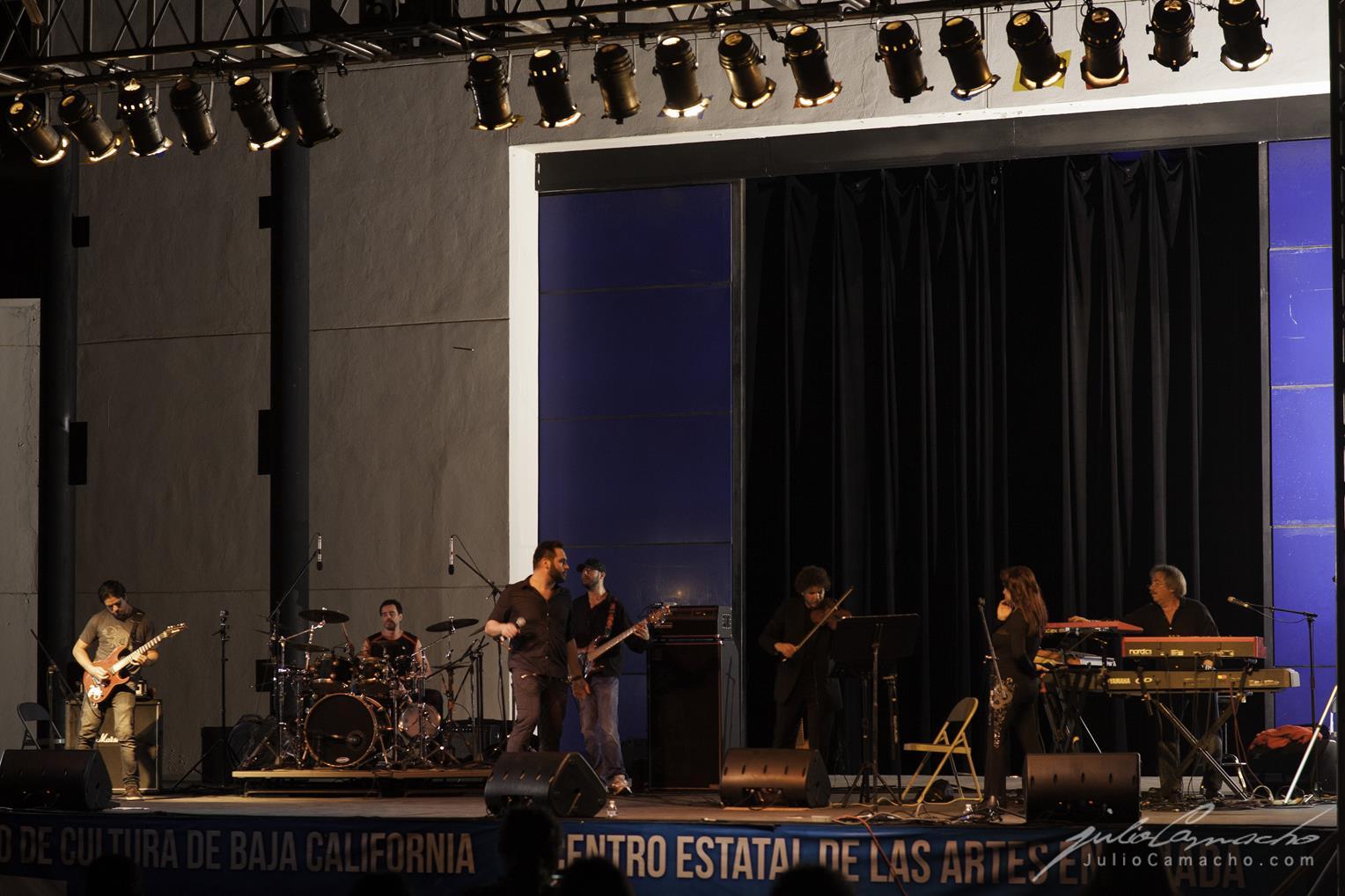 2014-10-30 31 CAST TOUR Ensenada y Tijuana - 0946 - www.Juli (Copy).jpg